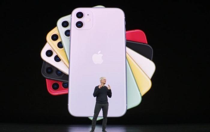 Το iPhone 11 υστερεί σε τόλμη, μαγεύει σε γοητεία