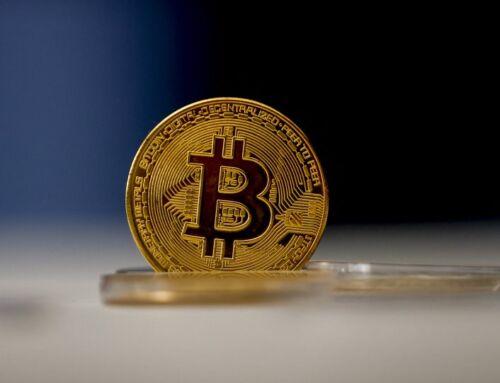 Υπό κατάρρευση η αγορά κρυπτονομισμάτων: «Παλεύει» πάνω από τα 30.000 ευρώ το Bitcoin