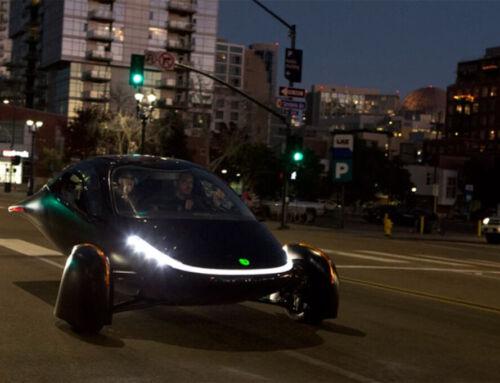 Το πρωτοποριακό ηλιακό αυτοκίνητο και γιατί κάποιοι αποδείχτηκαν τόσο πρόθυμοι να το εξαφανίσουν